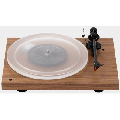 Pro-Ject Debut Carbon Recordmaster Hires 2M-Red Walnut